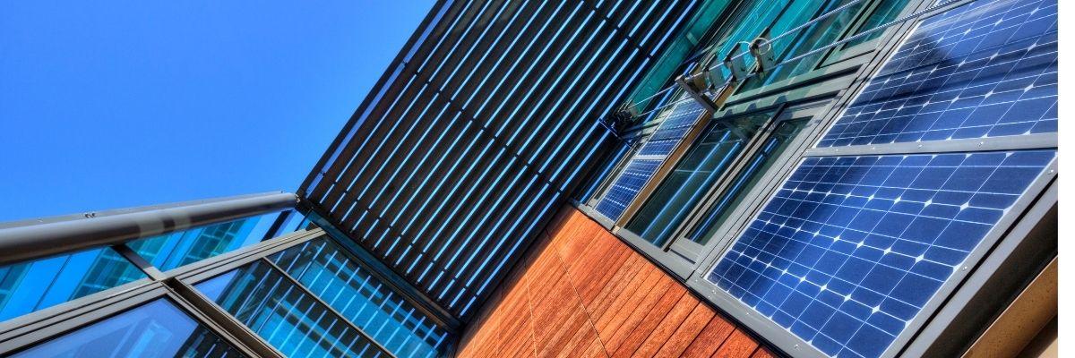 Requisitos y permisos para instalar placas solares en Comunidades de Vecinos