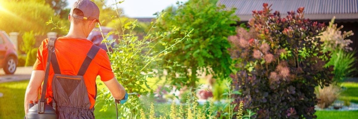 jardinero en una Comunidad de Propietarios