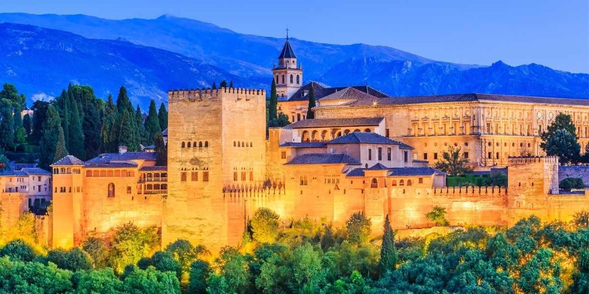 Edificios emblemáticos de España. La Alhambra de Granada